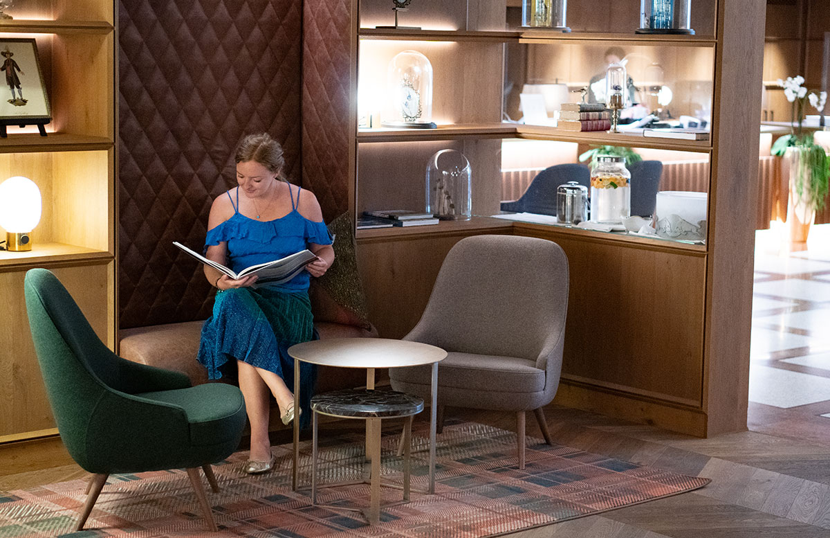 Mein-Geburtstag-im-Sheraton-Grand-Hotel-Salzburg-lobby