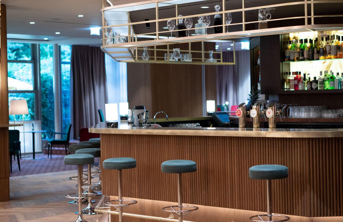 Mein-Geburtstag-im-Sheraton-Grand-Hotel-Salzburg-neue-bar