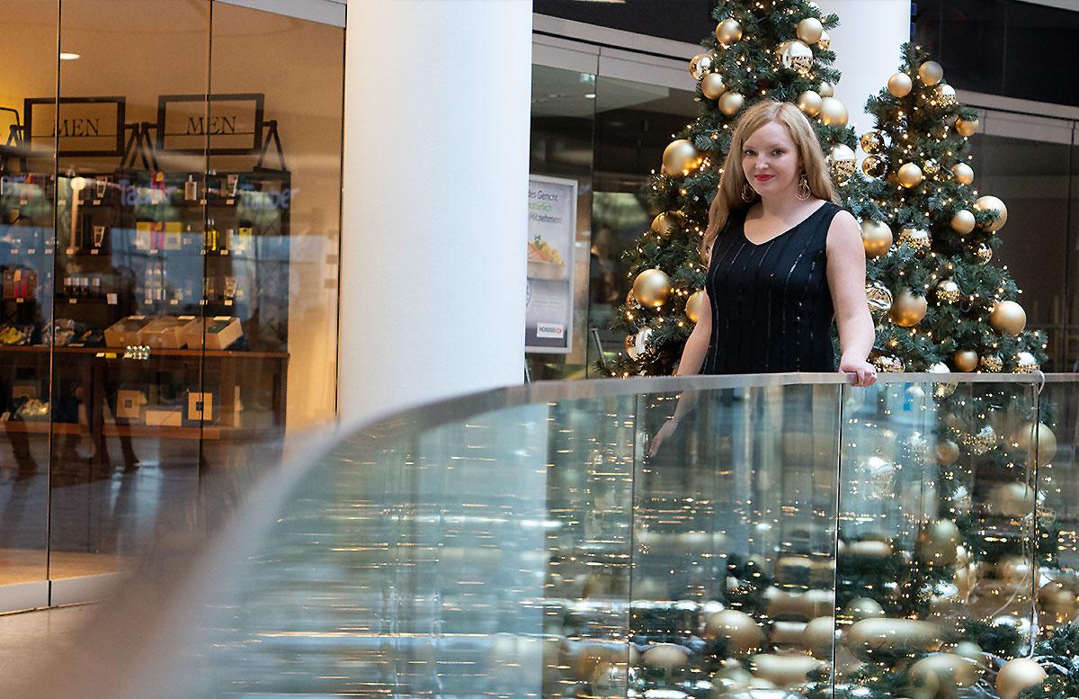 Mein-Weihnachtsparty-Outfit-für-2019-DETAIL-GESICHT