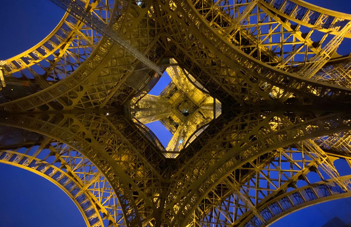 Meine-8-Instagram-Hotspots-für-Paris-zwischen-eiffelturm
