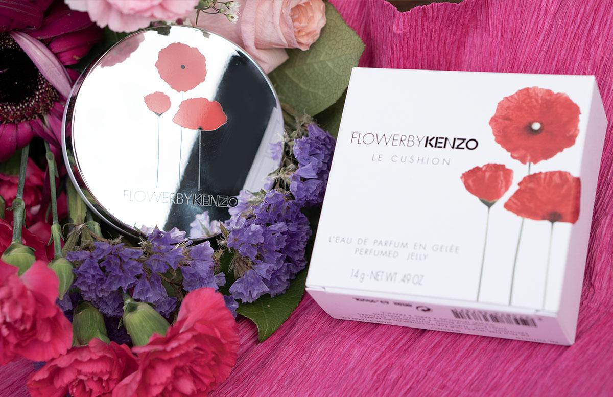 Meine Top 5 Beauty Favoriten im Sommer flower by kenzo cushion