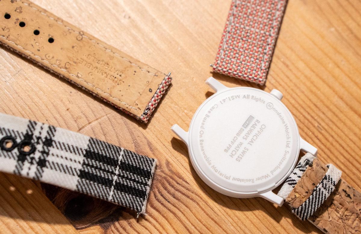 Mondaine-essence-Winter-Uhrenkollektion-2019--verschiedene-armbänder-wechselbänder-abmontieren