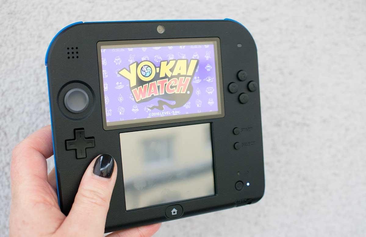 Nintendo-2DS-Nintendo 2DS YO-KAI WATCH-das-neue-trendspiel