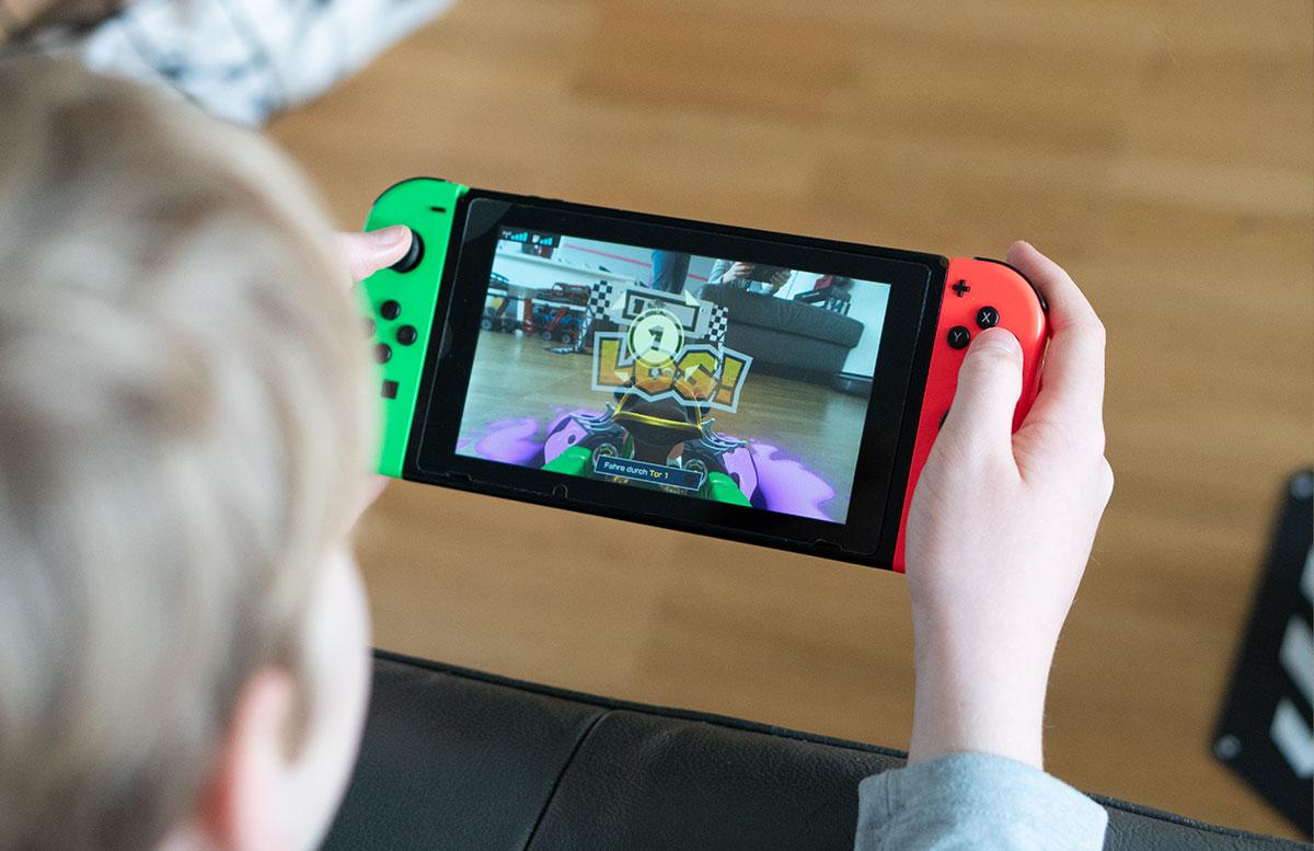 Nintendo-Switch-Mario-Kart-Live-Home-Circuit-UND-LOS