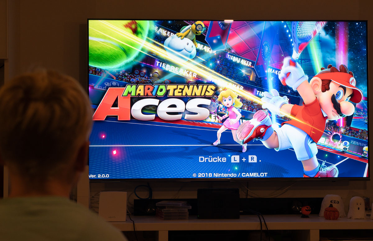 Nintendo Switch Mario Tennis Aces und Kirby Star Allies mario spiel