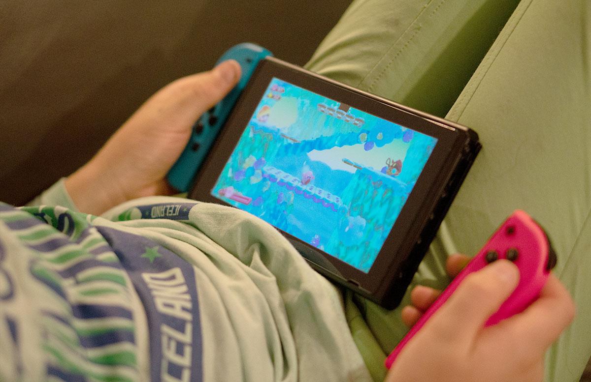 Nintendo Switch Mario Tennis Aces und Kirby Star Allies kirby spiel handheld modus