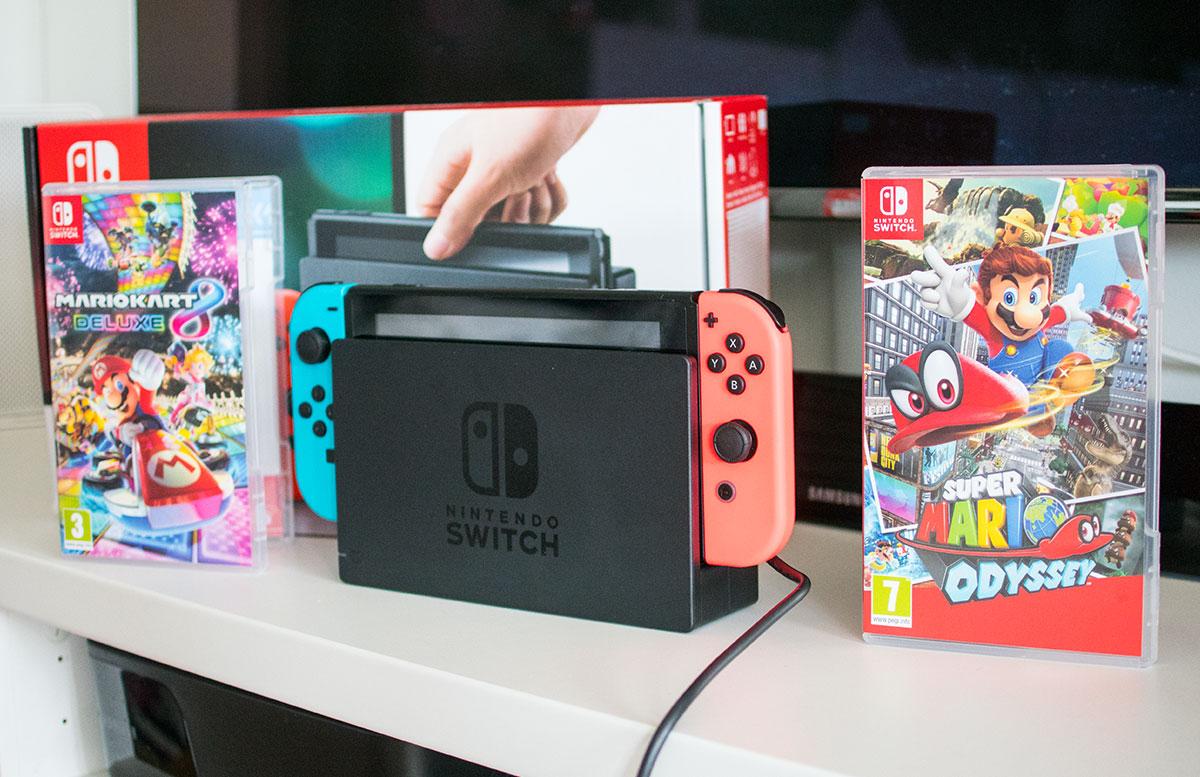 Nintendo-Switch-die-flexible-Spielekonsole-die-konsole-mit-spielen