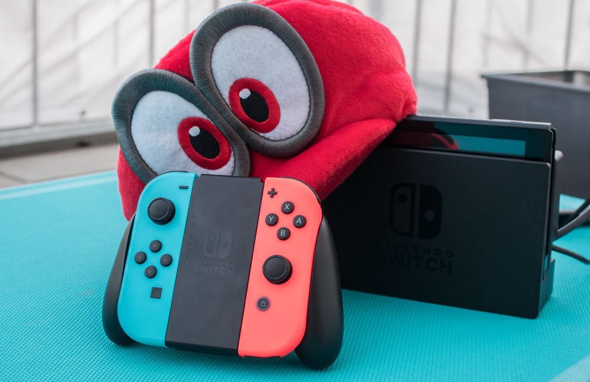 Nintendo Switch - die flexible Spielekonsole handheld modus joy-con controller