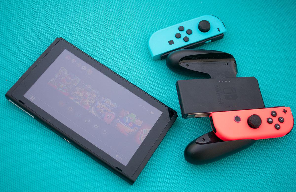 Nintendo Switch - die flexible Spielekonsole handheld modus joy-con controller tablett