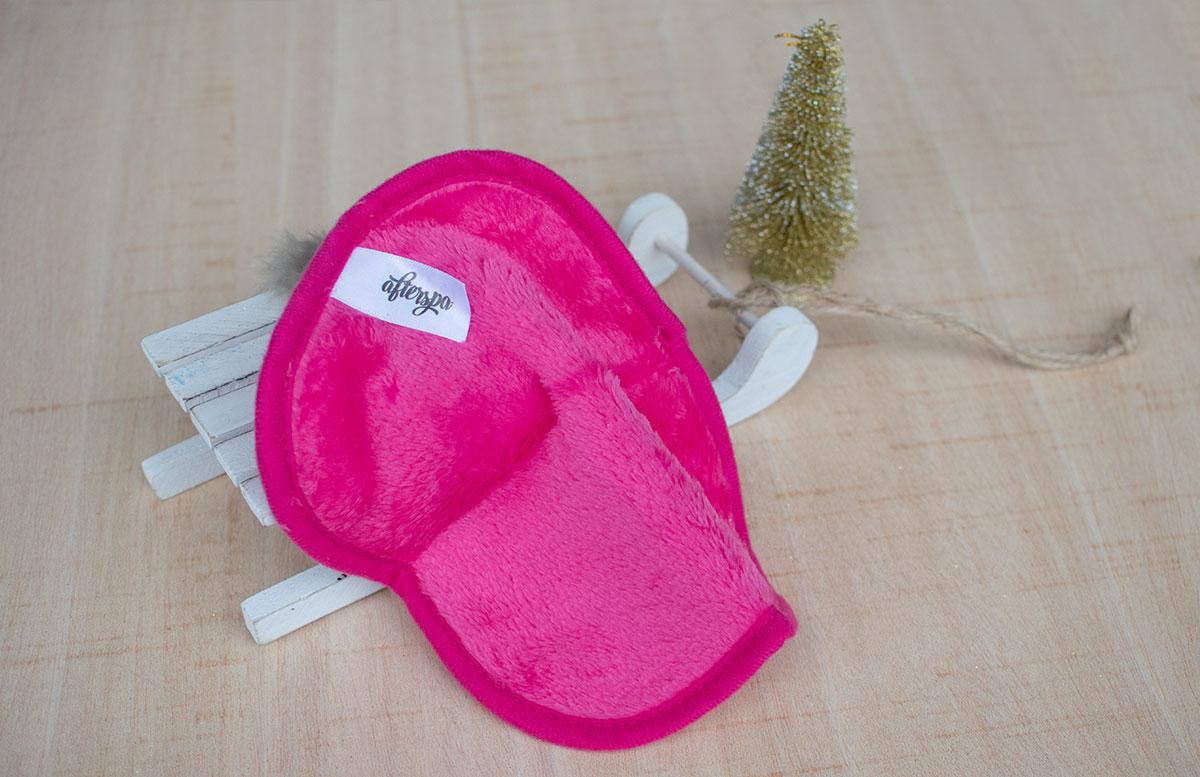 November Glossybox Dear Santa Edition afterspa mikrofaser tuch