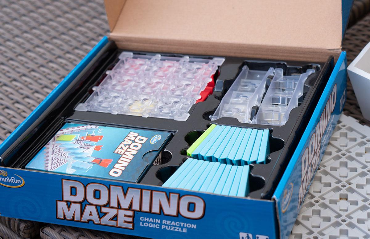 Oster-Tipp-Think-Fun-Invasion-of-Cow-Snatchers-und-Domino-Maze