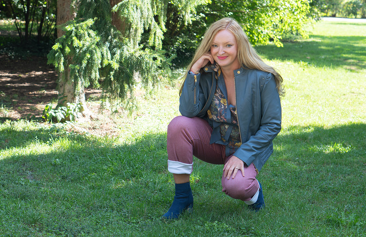 Outfit-Idee-Retro-Trend-Schluppenbluse-hose