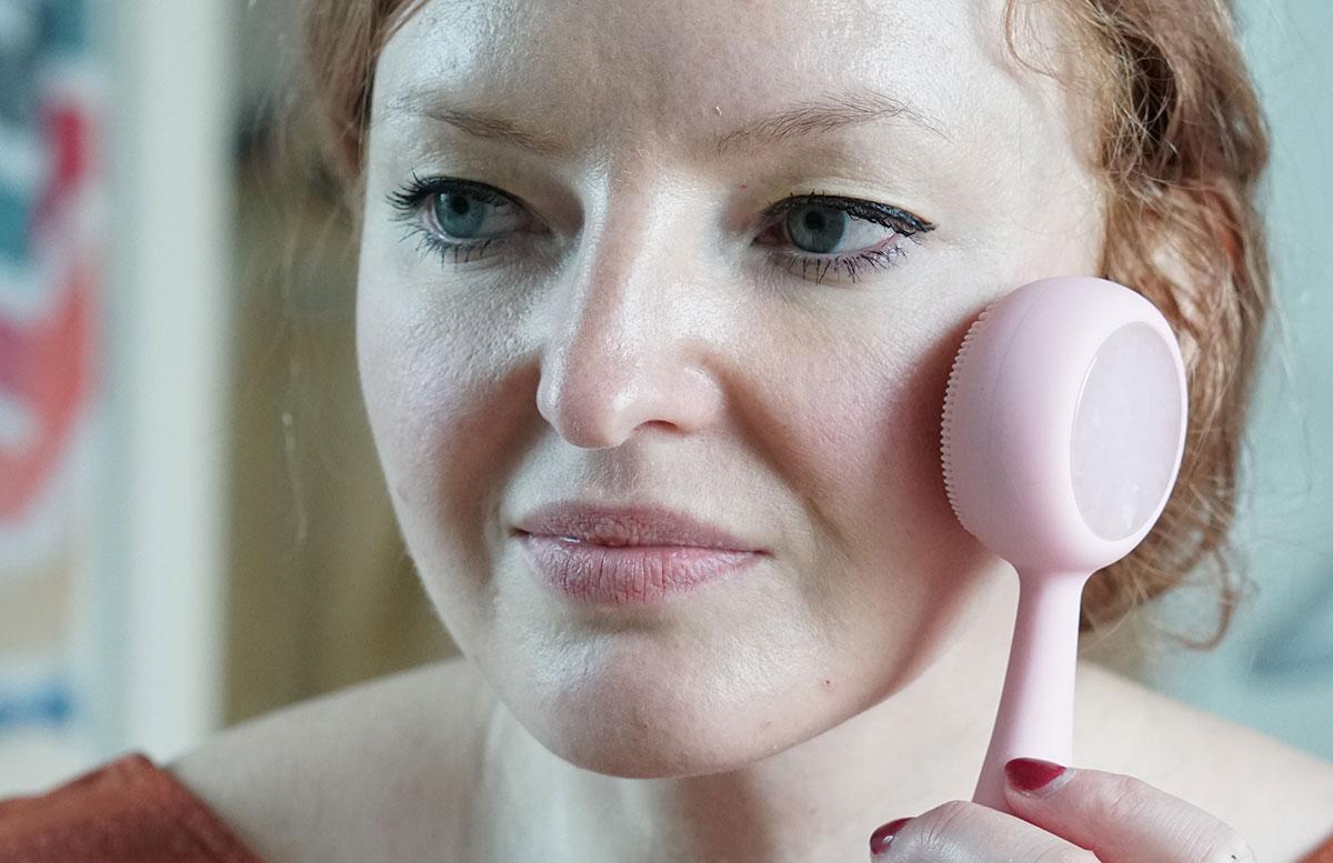 PMD-Beauty-Clean-Pro-RQ-Rose-Quartz-DETAIL-GESICHT