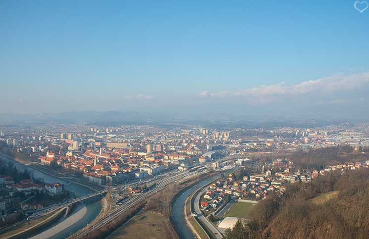 Reise-nach-Celje-altstadt-celje-sicht-von-der-burg