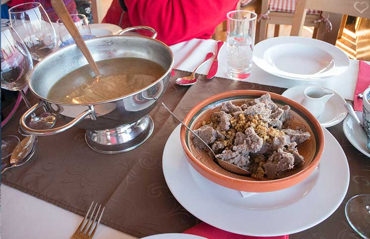 Reise-nach-Celje-pilzsuppe-mit-buchweizen