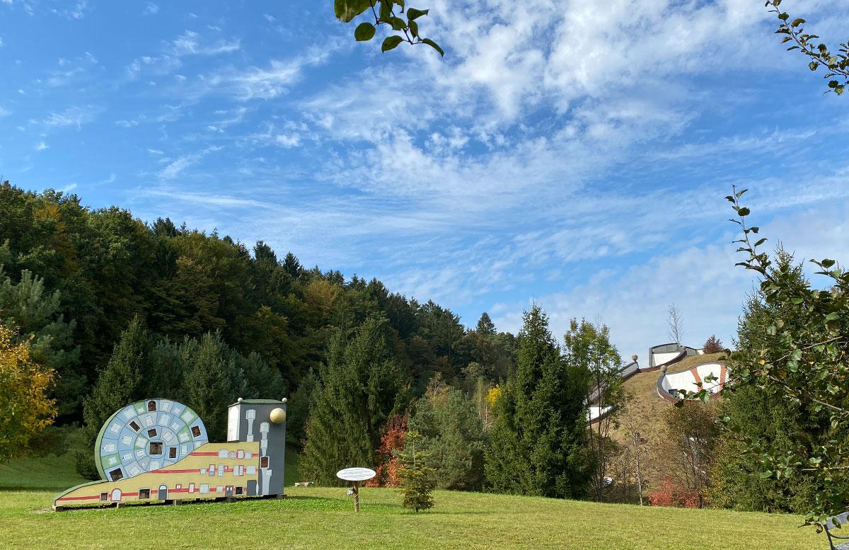 Romantische-Auszeit-in-der-Rogner-Bad-Blumau-Therme-insektenhotel