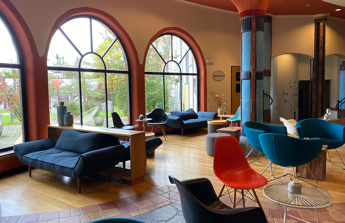 Romantische-Auszeit-in-der-Rogner-Bad-Blumau-Therme-lobby