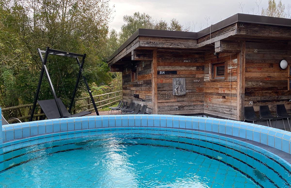 Romantische-Auszeit-in-der-Rogner-Bad-Blumau-Therme-wellness-bereich