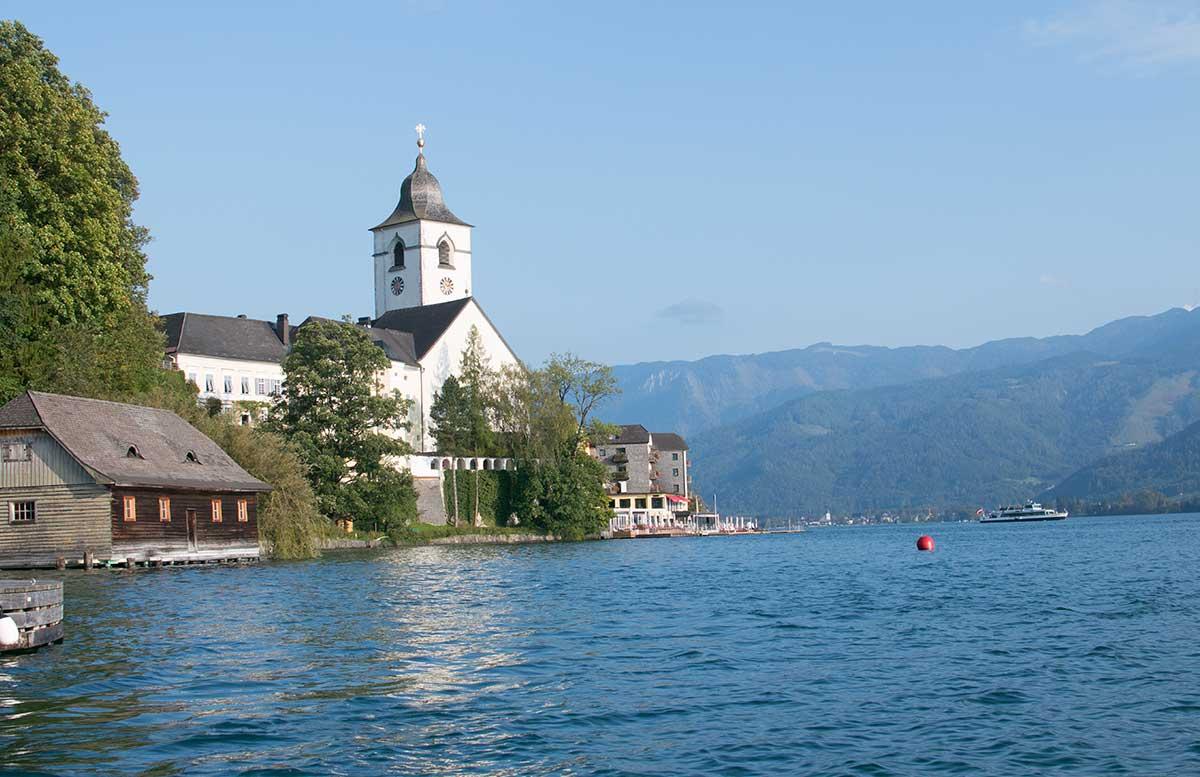Schafbergbahn-und-Speedboot-fahren-am-Wolfgangsee-aussicht see