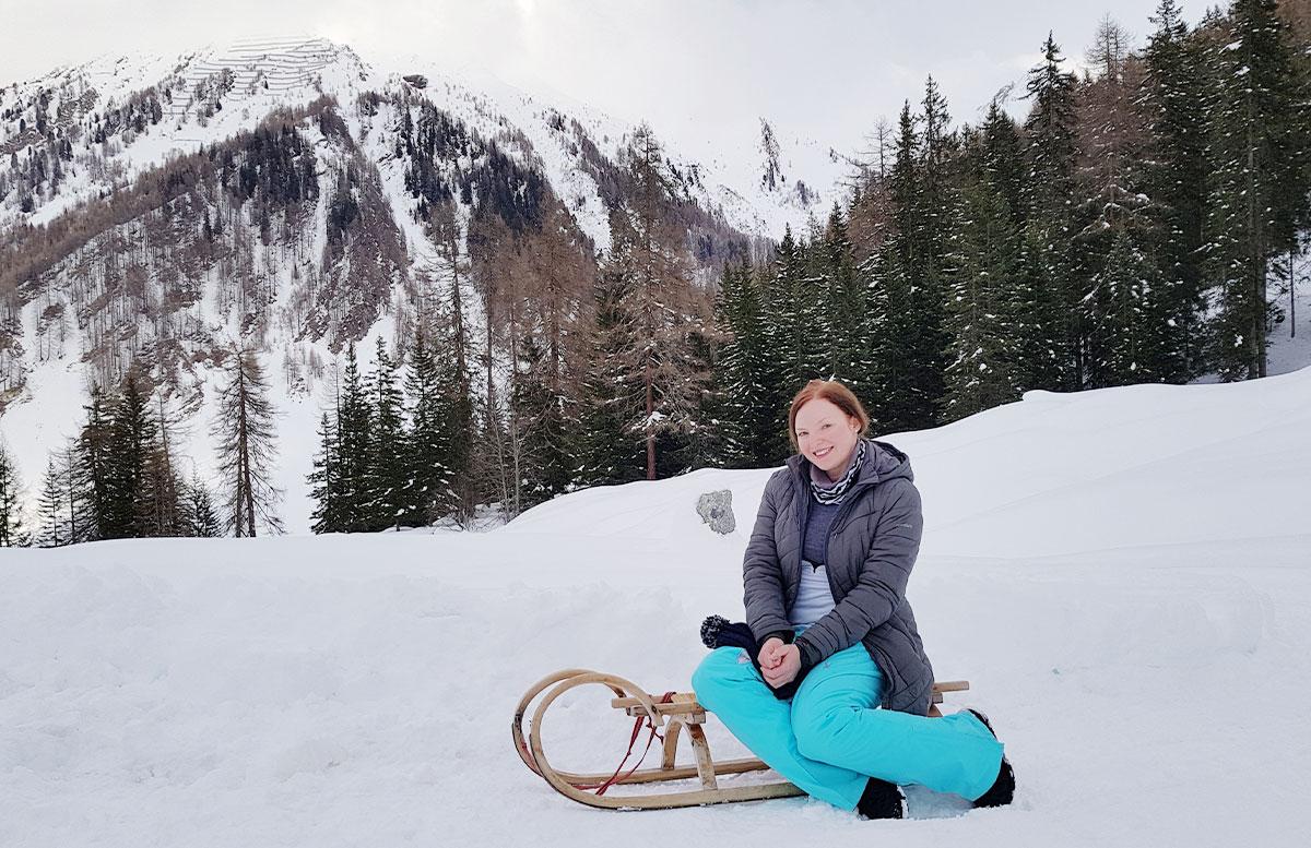 Schneeschuhwanderung zum Obernberger See vicky auf rodel