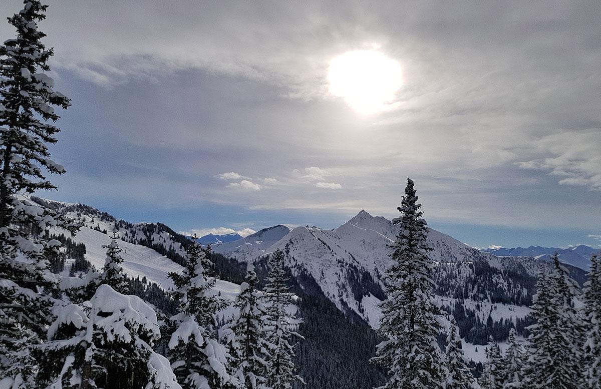 Ski-amade-made-my-Day-aufladen-in-dorfgastein-aussicht-skifahren
