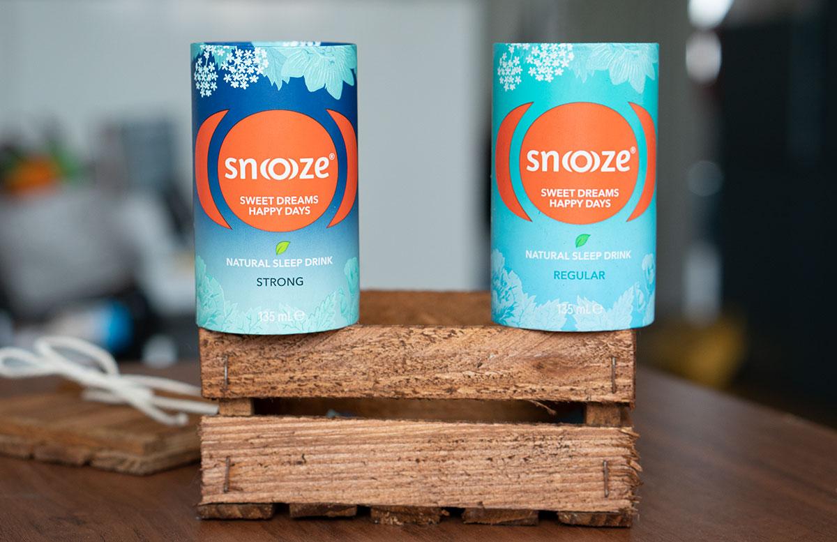 Snoooze-Schlafgetränk-der-natürliche-Drink-mit-Kräutern-detail