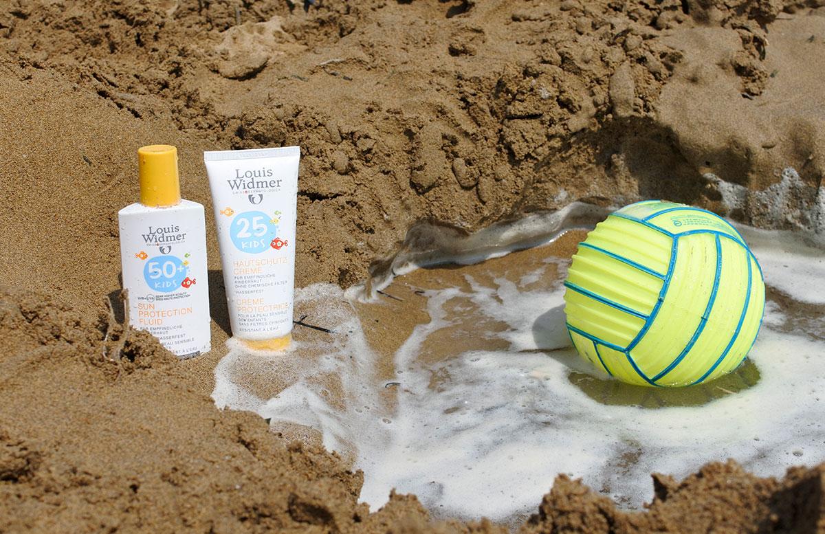 Sommer-am-Meer-Gut-geschützt-mit-Louis-Widmer-kindercreme-spray