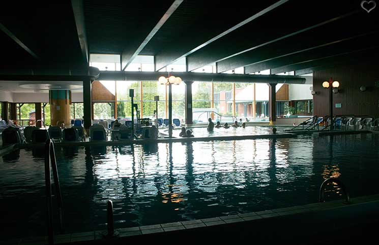 Golf-und-Wellness-in-Bük-indoor-pool-hotel-Danubius-Health-Spa-Resort