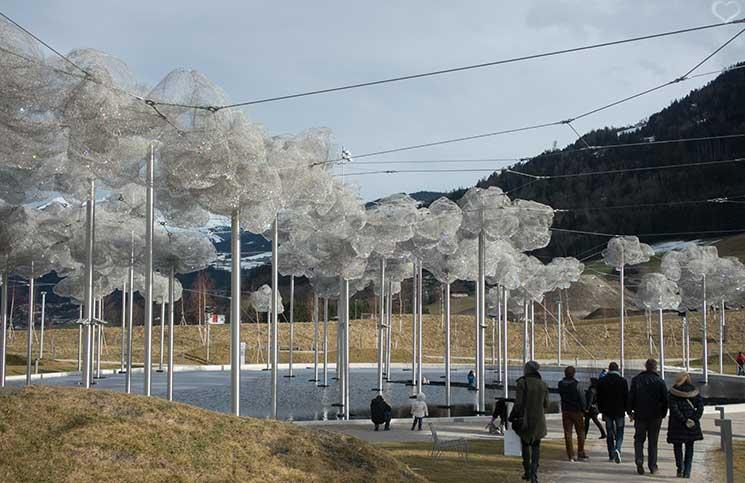 Swarovski-Kristallwelten-klangwolken