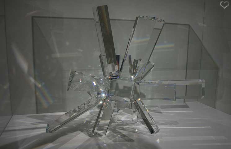 Swarovski-Kristallwelten-transparente-opazität
