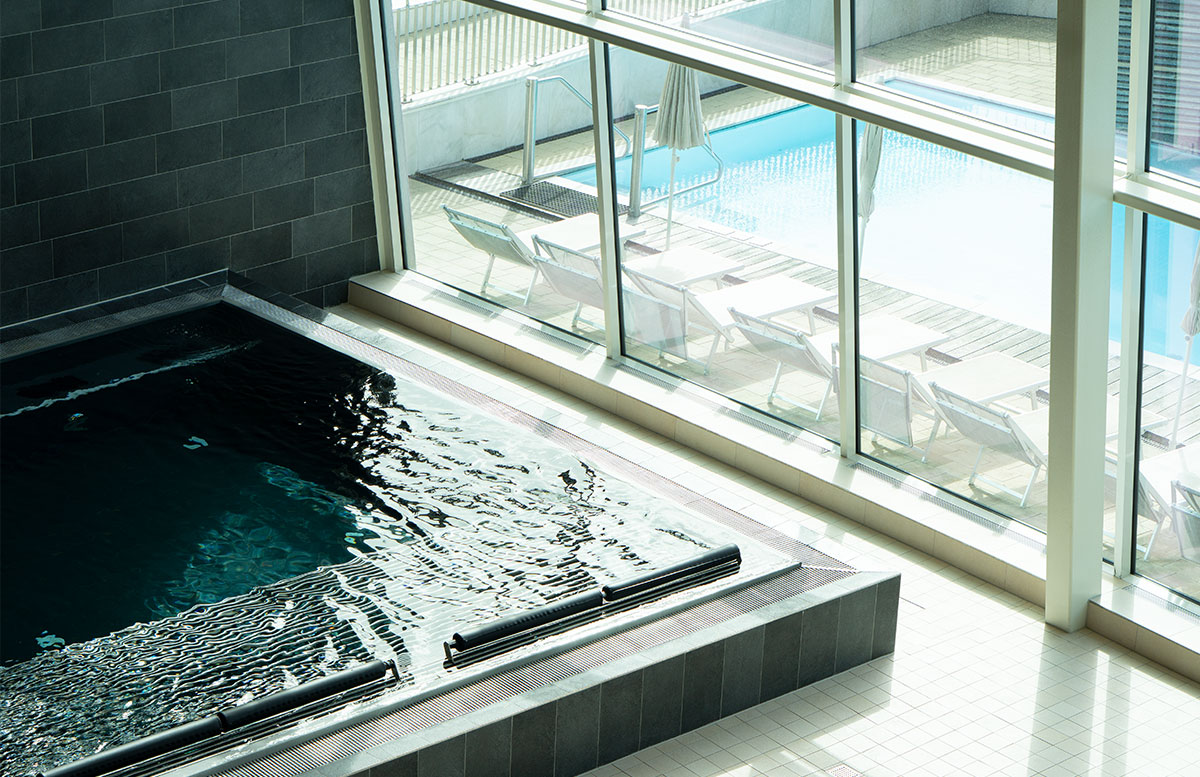 Tauern-Spa-Wasserwelt-in-Zell-am-See-poolbereich
