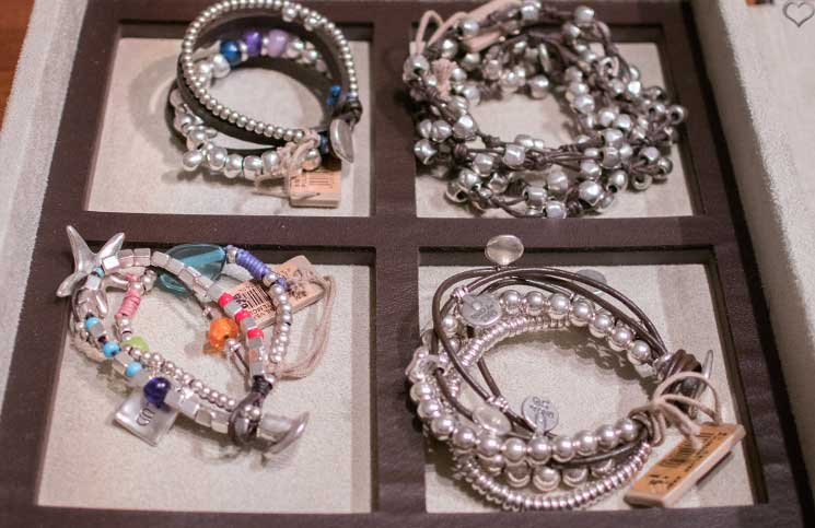 Unode50-Sommerkollektion-2016-armbänder