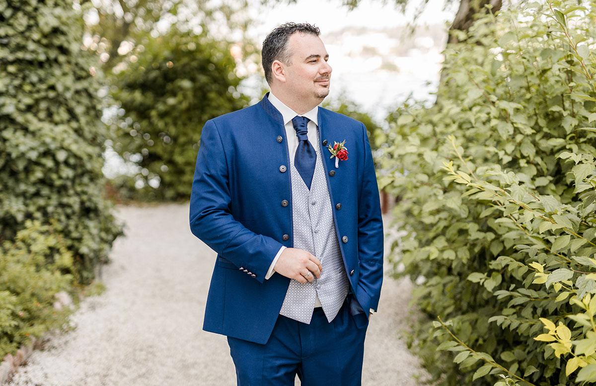 Unsere-Hochzeit-in-Gmunden-Standesamt-Schloss-Orth-mario
