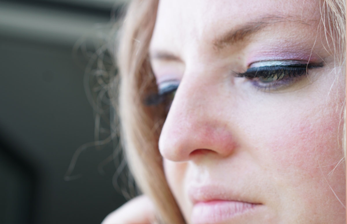Urban-Decay-NAKED-Ultraviolet-Eyeshadow-Palette-rosa-türkis