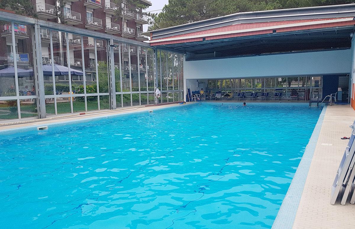 Urlaub-in-Lignano-Hotel-Meridianus-pool
