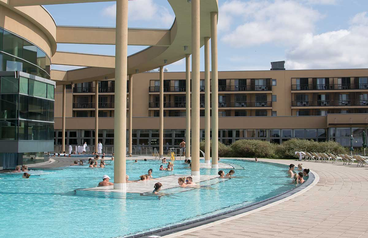 Vamed Vitality World St. Martins Therme outdoorpool