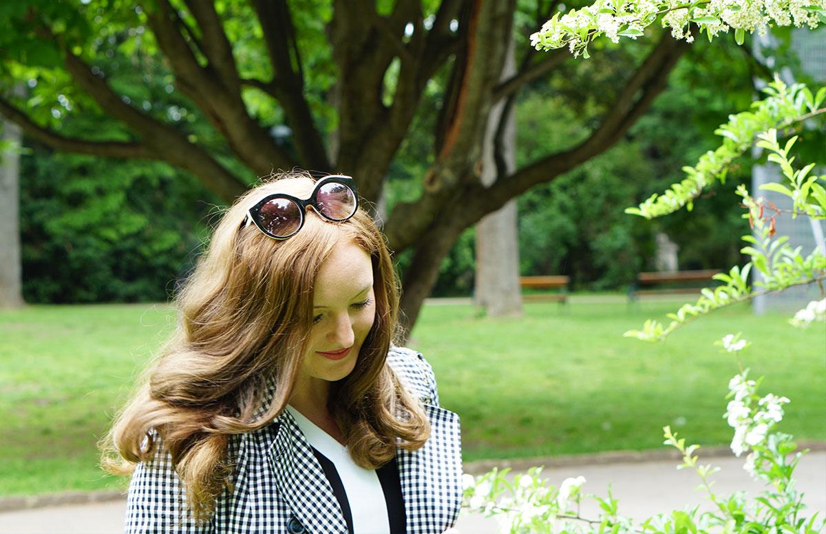 Was bedeutet Glück für mich? orsay mantel brille haare