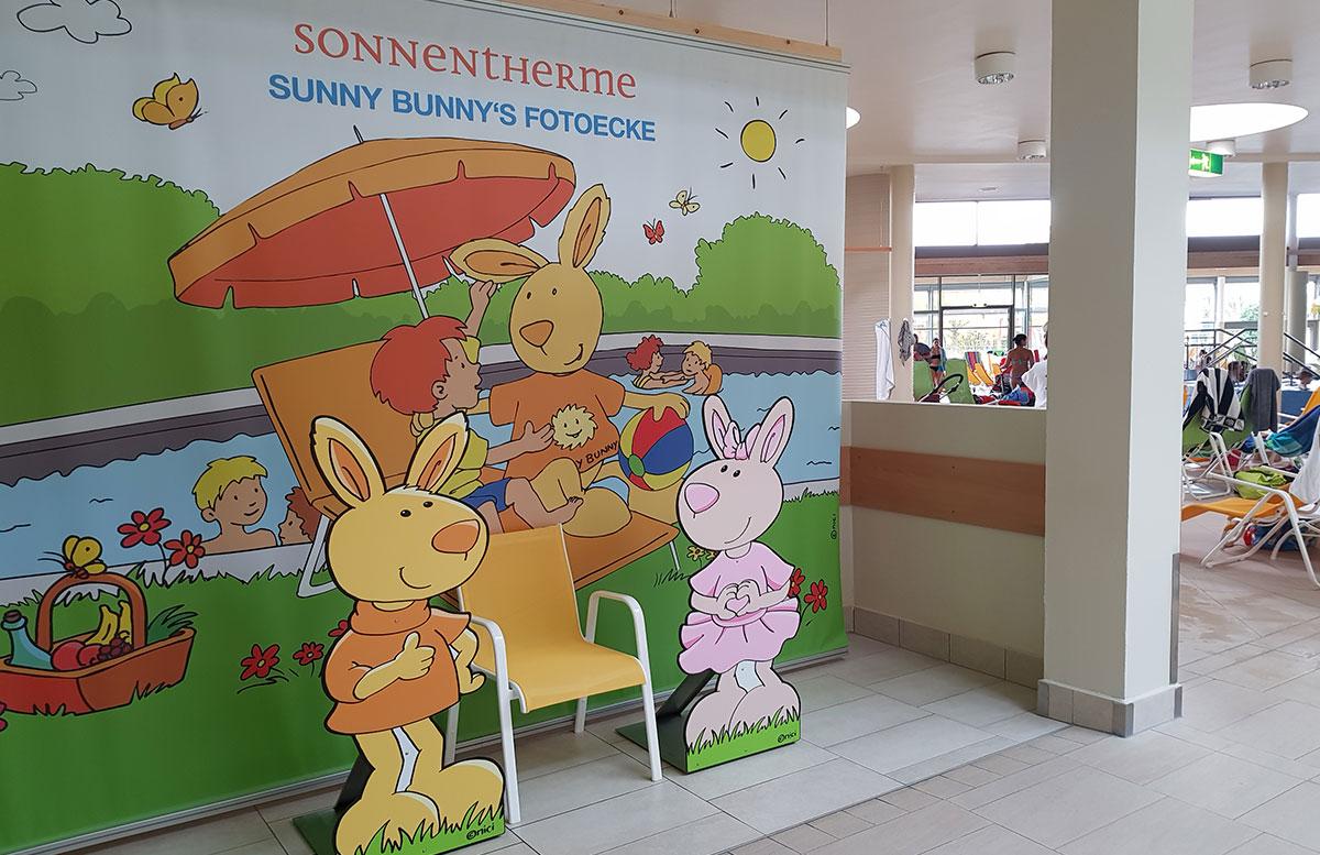 Wasserspaß mit Sunny Bunny in der Sonnentherme Lutzmannsburg fotoecke