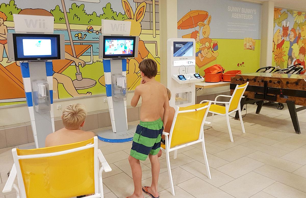Wasserspaß mit Sunny Bunny in der Sonnentherme Lutzmannsburg kids zone