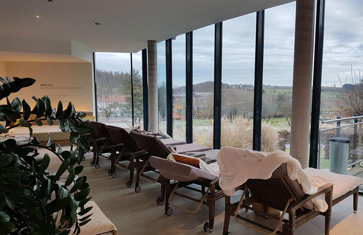 Wellness--und-Thermenhotel-Stoiser-in-Loipersdorf-liegen-im-wellness-bereich