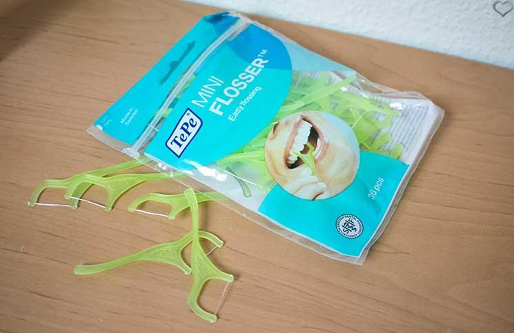Zahnpflege-Helferlein-für-weiße-Zähne-tepe-miniflosser