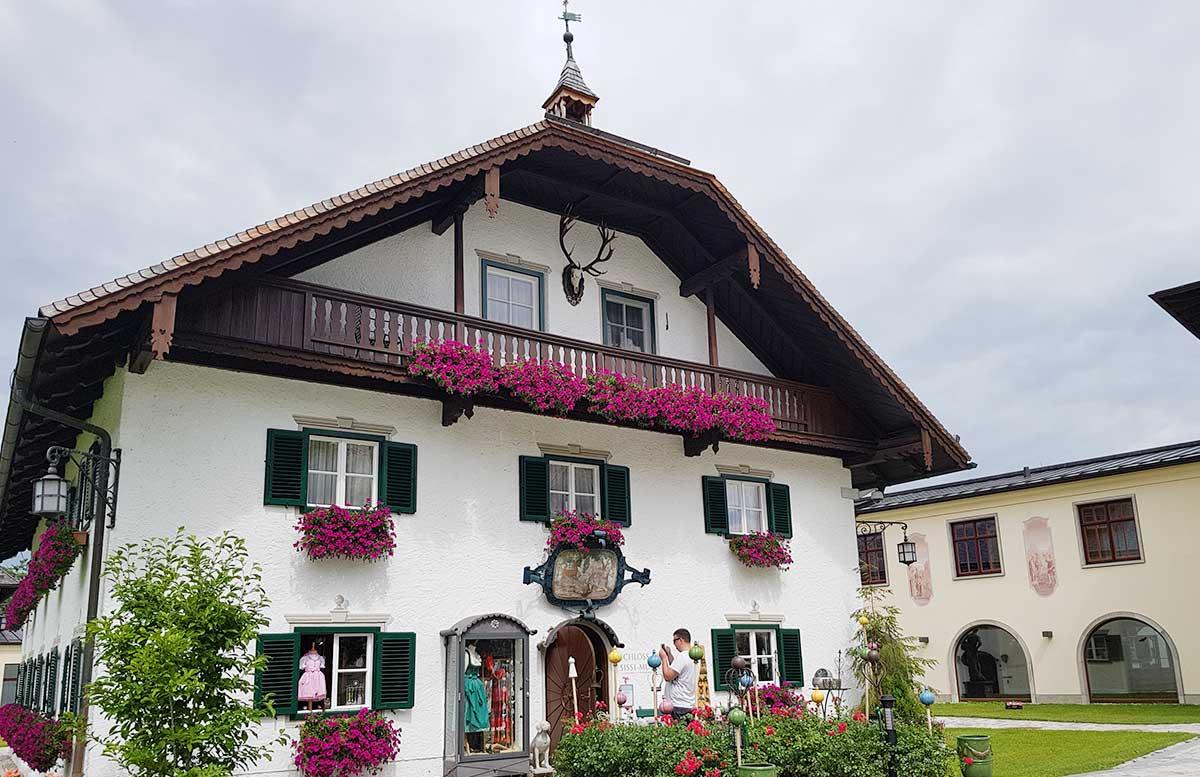 Zillenschifffahrt am Fuschlsee und das Schloss Fuschl sissi museum