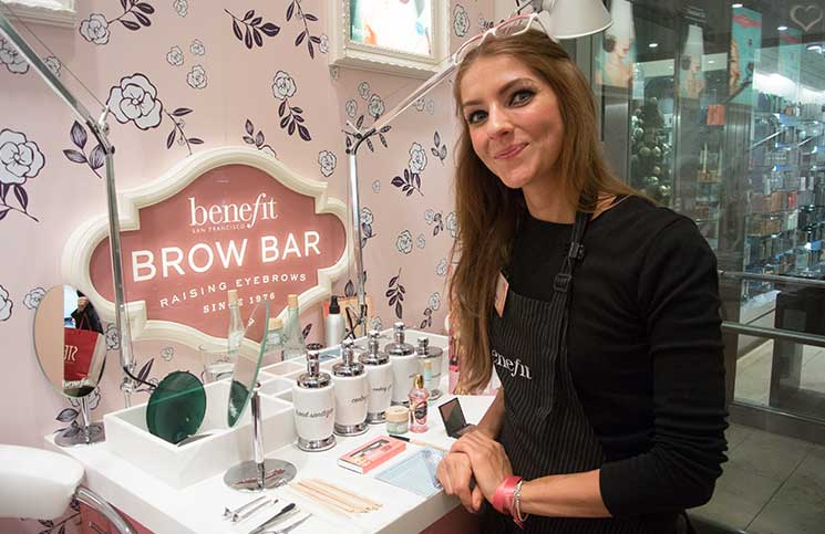 benebabe-benefit-brow-bar