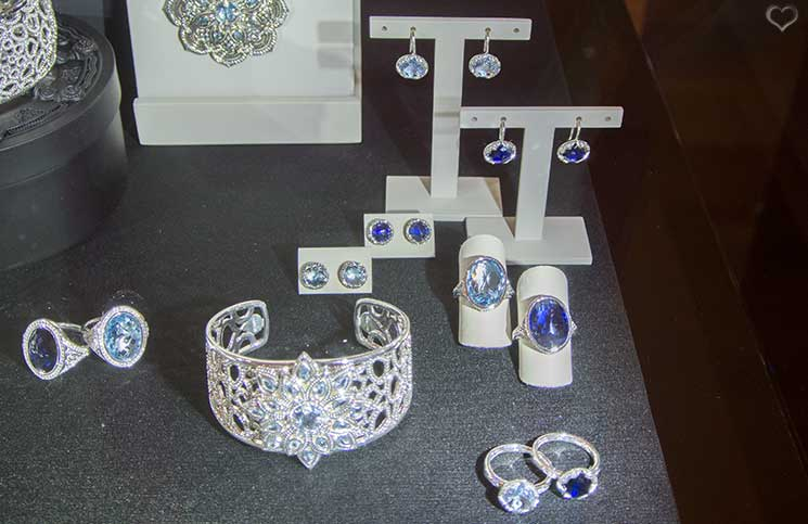blaue-ringe-thomas-sabo