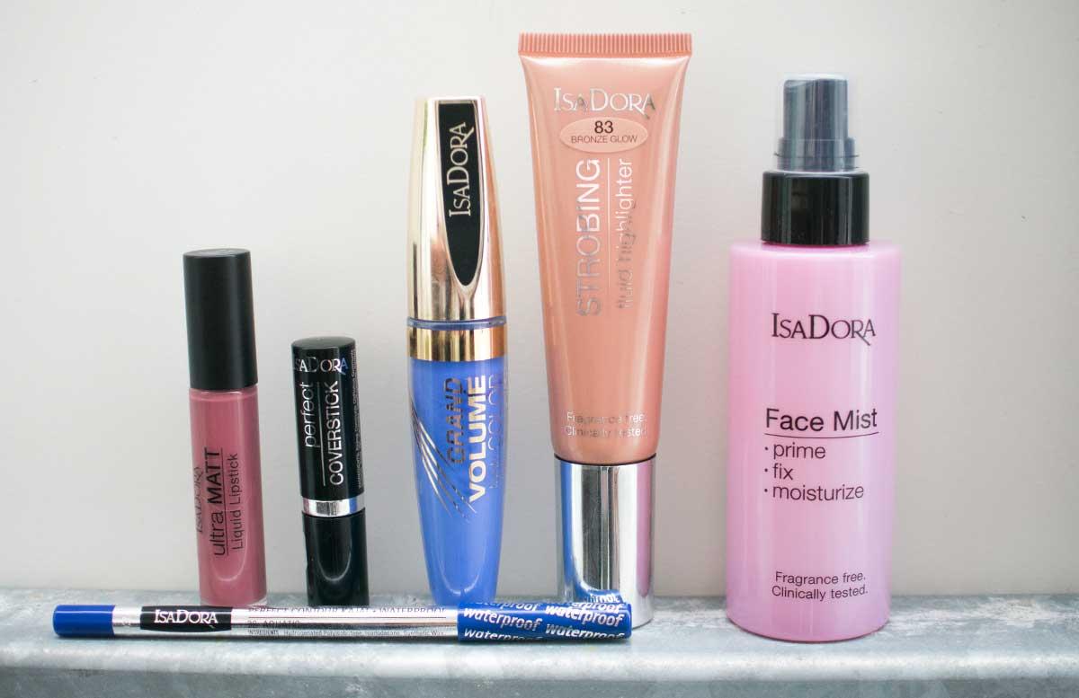 Blue velvet summer look mit Isadora alle produkte