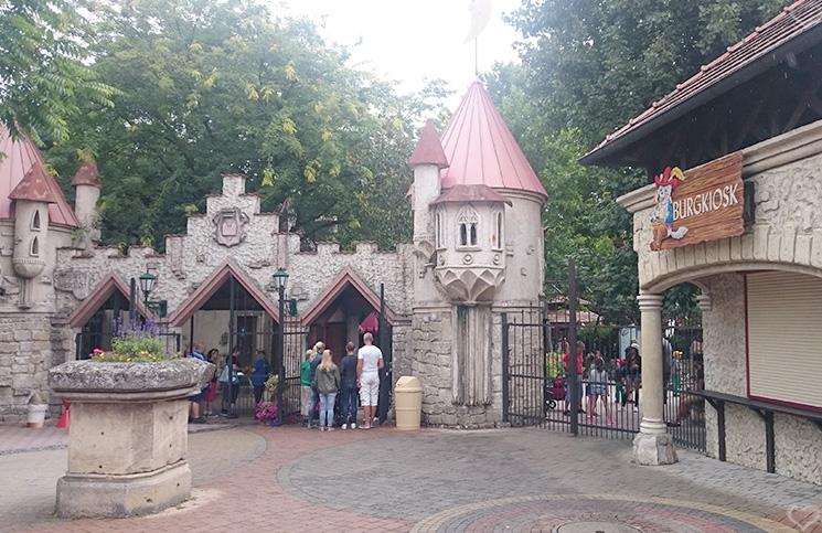 familypark-eingang