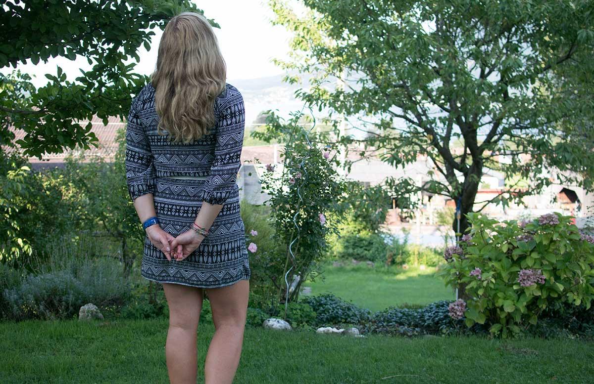 Hallo Herbst - Gedanken zum Leben als Blogger stehend blick auf see