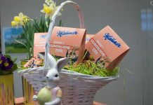 manner-osterfest-erdbeercreme-eier