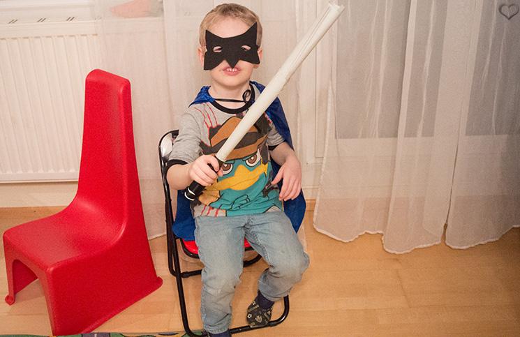 maske-kinderkistl-superheld