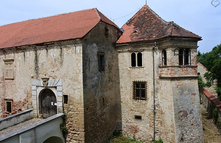 negova-castle